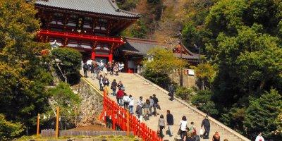 Святилище Цуругаока Хатиман-гу