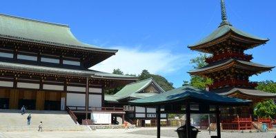 Храм Синсё-дзи Нарита-сан