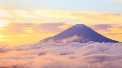 Открыт сезон восхождения на Фудзи