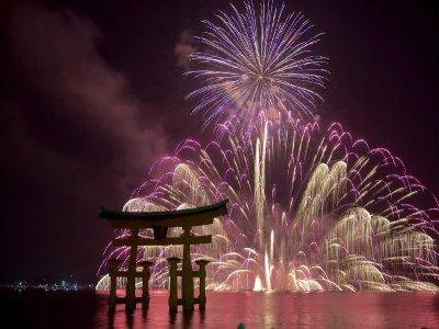 Фестивали фейерверков или ещё одна причина терпеть летнюю жару в Японии