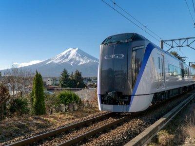 JR запускают новый поезд к подножью Фудзи