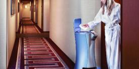 Роботы-динозавры в отеле будущего