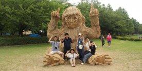 Фестиваль соломянных скульптур Wara Art Festival