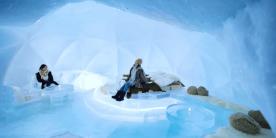 Уютный номер изо льда