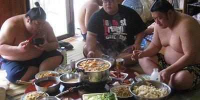 Сумоистский обед