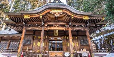 Святилище Сакураяма Хатиман-гу