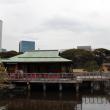 Токио. Чайный домик в саду Хамарикю